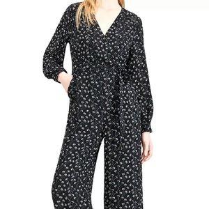 Maison Jules   Dandelion Jumpsuit   Black size 4